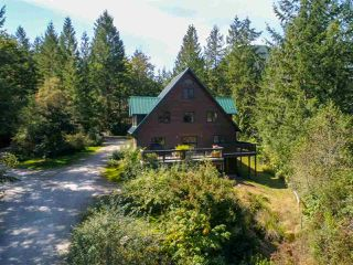 Photo 29: 5767 MT. DANIEL VIEW Road in Pender Harbour: Pender Harbour Egmont House for sale (Sunshine Coast)  : MLS®# R2493304