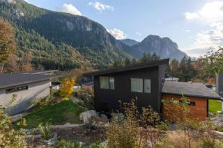 """Photo 23: 2255 WINDSAIL Place in Squamish: Plateau House for sale in """"CRUMPIT WOODS"""" : MLS®# R2514390"""