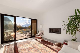 """Photo 4: 2255 WINDSAIL Place in Squamish: Plateau House for sale in """"CRUMPIT WOODS"""" : MLS®# R2514390"""