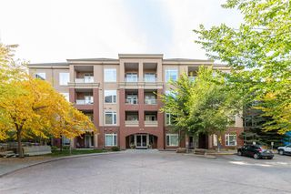 Main Photo: 4302 24 Hemlock Crescent SW in Calgary: Spruce Cliff Apartment for sale : MLS®# A1048509