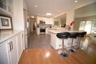 Photo 2: 6412 36 AV NW in Edmonton: Zone 29 House for sale : MLS®# E4159145