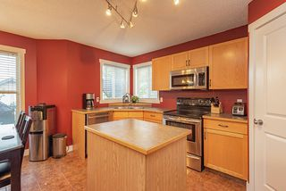 Photo 6: 1851 TOMLINSON Crescent NW in Edmonton: Zone 14 House for sale : MLS®# E4172617