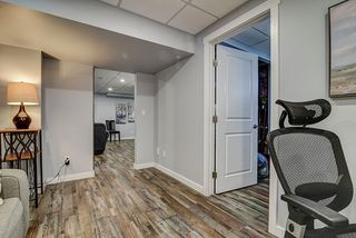 Photo 18: 1851 TOMLINSON Crescent NW in Edmonton: Zone 14 House for sale : MLS®# E4172617