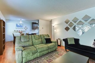 """Photo 3: 402 5340 HASTINGS Street in Burnaby: Capitol Hill BN Condo for sale in """"CEDARWOOD"""" (Burnaby North)  : MLS®# R2408807"""
