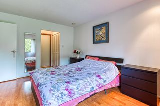 """Photo 16: 402 5340 HASTINGS Street in Burnaby: Capitol Hill BN Condo for sale in """"CEDARWOOD"""" (Burnaby North)  : MLS®# R2408807"""