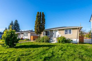 Photo 1: 11622 111 Avenue in Edmonton: Zone 08 House for sale : MLS®# E4176260