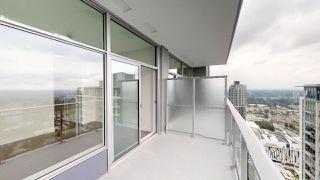 "Photo 12: 3304 13308 CENTRAL Avenue in Surrey: Whalley Condo for sale in ""Evolve"" (North Surrey)  : MLS®# R2452508"