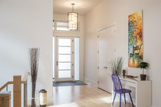 Photo 2: 5807 107 Street in Edmonton: Zone 15 House for sale : MLS®# E4197256