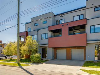 Main Photo: 1525 25 Avenue SW in Calgary: Bankview Row/Townhouse for sale : MLS®# C4301618