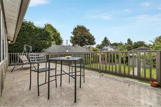 Photo 17: 1737 Kings Rd in Victoria: Vi Jubilee House for sale : MLS®# 841034