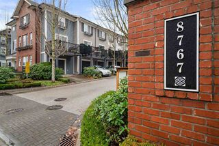 """Main Photo: 60 8767 162 Street in Surrey: Fleetwood Tynehead Townhouse for sale in """"Taylor"""" : MLS®# R2519693"""