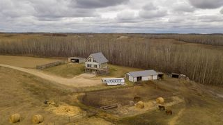 Photo 3: 56015 RR 13: Rural Lac Ste. Anne County House for sale : MLS®# E4167179