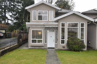 Photo 10: 7625 NEWCOMBE Street in Burnaby: East Burnaby House 1/2 Duplex for sale (Burnaby East)  : MLS®# R2413576