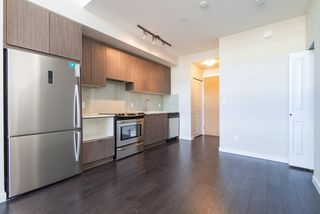 Photo 6: 517 9168 SLOPES Mews in Burnaby: Simon Fraser Univer. Condo for sale (Burnaby North)  : MLS®# R2428439