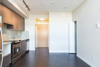 Photo 4: 517 9168 SLOPES Mews in Burnaby: Simon Fraser Univer. Condo for sale (Burnaby North)  : MLS®# R2428439