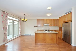"""Photo 6: 51 2738 158 Street in Surrey: Grandview Surrey Townhouse for sale in """"CATHEDRAL GROVE"""" (South Surrey White Rock)  : MLS®# R2432533"""