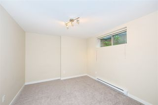 """Photo 15: 51 2738 158 Street in Surrey: Grandview Surrey Townhouse for sale in """"CATHEDRAL GROVE"""" (South Surrey White Rock)  : MLS®# R2432533"""