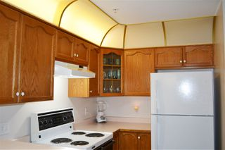 Photo 12: 318 11605 227 Street in Maple Ridge: East Central Condo for sale : MLS®# R2495059