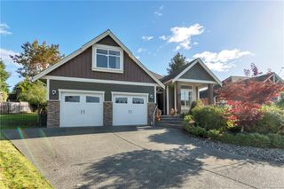 Photo 1: 571 Edgewood Dr in : CR Campbell River Central House for sale (Campbell River)  : MLS®# 859423