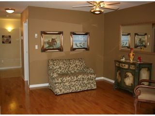Photo 5: 204 1221 JOHNSTON Road in PRESIDENTS COURT: White Rock Home for sale ()  : MLS®# F1306193