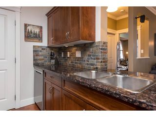 """Photo 7: 308 2068 SANDALWOOD Crescent in Abbotsford: Central Abbotsford Condo for sale in """"The Sterling 2"""" : MLS®# R2525526"""