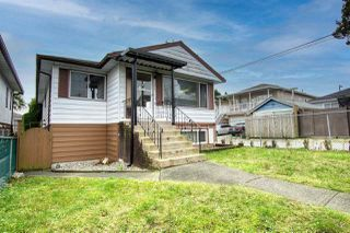 Main Photo: 220 E 58TH Avenue in Vancouver: South Vancouver House for sale (Vancouver East)  : MLS®# R2530321