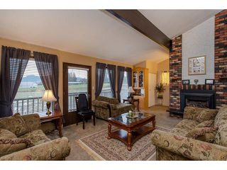 Photo 8: 32947 Clayburn Road in Abbotsford: House for sale