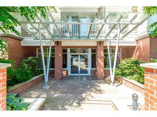"Photo 2: 417 12283 224 Street in Maple Ridge: West Central Condo for sale in ""THE MAXX"" : MLS®# R2436038"