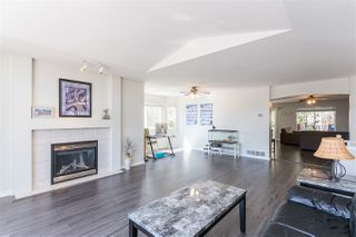Photo 4: 23907 115A Avenue in Maple Ridge: Cottonwood MR House for sale : MLS®# R2442943