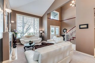 Photo 2: 10447 SLATFORD Street in Maple Ridge: Albion House for sale : MLS®# R2450904