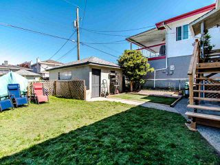 Photo 18: 1935 E 53RD Avenue in Vancouver: Killarney VE House for sale (Vancouver East)  : MLS®# R2455591