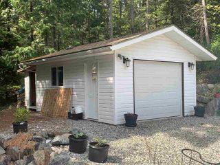 "Photo 5: 30 5288 SELMA PARK Road in Sechelt: Sechelt District Manufactured Home for sale in ""Selma Vista Park"" (Sunshine Coast)  : MLS®# R2466121"
