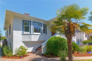 Photo 2: 2372 Zela St in Oak Bay: OB South Oak Bay House for sale : MLS®# 842164
