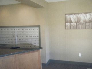 Photo 11: 302 4720 Uplands Dr in : Na North Nanaimo Condo for sale (Nanaimo)  : MLS®# 855933