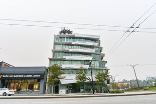 "Photo 2: 501 2211 CAMBIE Street in Vancouver: Fairview VW Condo for sale in ""South Creek Landing"" (Vancouver West)  : MLS®# R2503503"