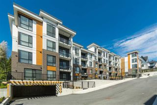"Photo 4: B004 20087 68 Avenue in Langley: Willoughby Heights Condo for sale in ""PARK HILL"" : MLS®# R2508385"