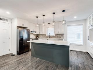 Photo 12: 171 Woodstock Place SW in Calgary: Woodlands Detached for sale : MLS®# A1047853