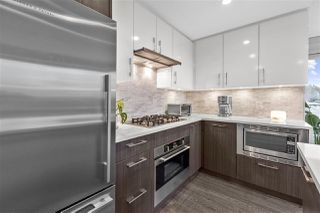 Photo 8: 407 518 WHITING WAY in Coquitlam: Coquitlam West Condo for sale : MLS®# R2510566