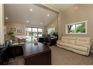 Photo 5: 6209 HOLLY Road: Agassiz House for sale : MLS®# R2388475
