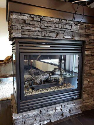 Photo 9: 2451 WARE Crescent in Edmonton: Zone 56 House for sale : MLS®# E4166619