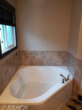 Photo 25: 2451 WARE Crescent in Edmonton: Zone 56 House for sale : MLS®# E4166619