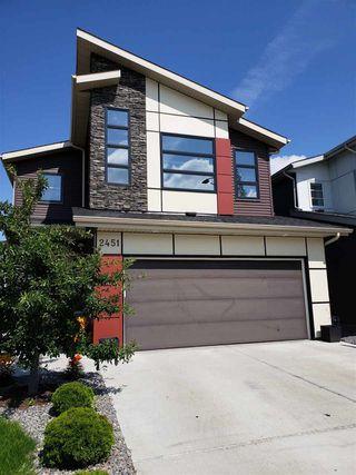 Photo 2: 2451 WARE Crescent in Edmonton: Zone 56 House for sale : MLS®# E4166619