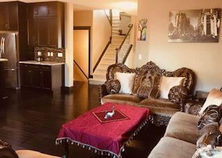 Photo 3: 2451 WARE Crescent in Edmonton: Zone 56 House for sale : MLS®# E4166619