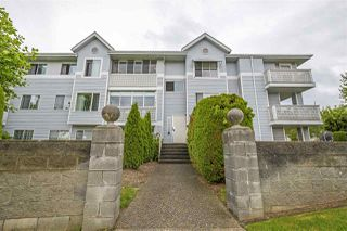 "Main Photo: 204 32823 LANDEAU Place in Abbotsford: Central Abbotsford Condo for sale in ""Park Place"" : MLS®# R2424427"