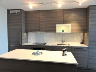 Photo 4: 3007 13398 104 AVENUE in Surrey: Whalley Condo for sale (North Surrey)  : MLS®# R2217890