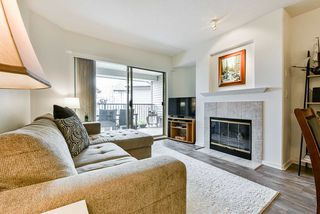 """Photo 2: 513 214 ELEVENTH Street in New Westminster: Uptown NW Condo for sale in """"Discovery Reach"""" : MLS®# R2460361"""