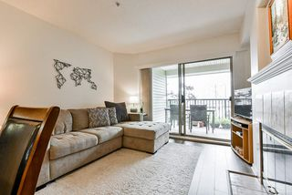 """Photo 4: 513 214 ELEVENTH Street in New Westminster: Uptown NW Condo for sale in """"Discovery Reach"""" : MLS®# R2460361"""