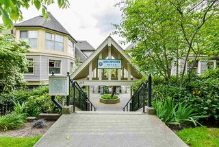 """Main Photo: 513 214 ELEVENTH Street in New Westminster: Uptown NW Condo for sale in """"Discovery Reach"""" : MLS®# R2460361"""
