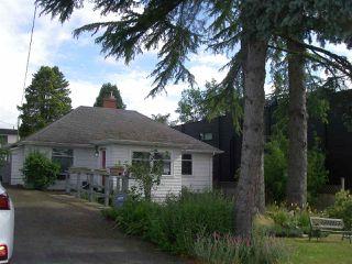 Photo 2: 15983 BUENA VISTA Avenue: White Rock House for sale (South Surrey White Rock)  : MLS®# R2462213