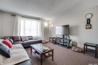 Photo 4: 139 Whelan Crescent in Saskatoon: Confederation Park Residential for sale : MLS®# SK825722